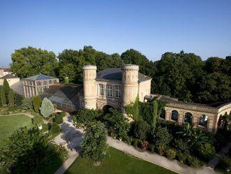 Botanischer Garten Karlsruhe, Luftaufnhame, Torbogenbau; Foto: Staatliche Schlösser und Gärten Baden-Württemberg, Achim Mende